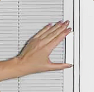 LightTouch Controls to raise and lower internal blinds